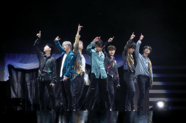 BTS(写真は千葉公演時のもの)