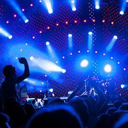 """ONE OK ROCKアリーナツアーに出演する4人組ロックバンド""""Fall Out Boy""""について調べてみた!"""